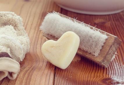 Pourquoi acheter en commerce de proximité pour son hygiène ou son entretien